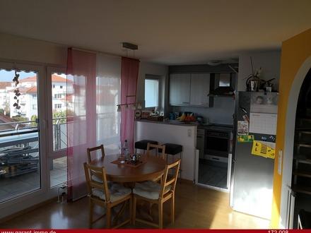 *Maisonette-Dachgeschoss-Wohnung mit großem Balkon & Fernblick*