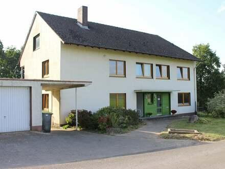 Erdgeschosswohnung mit Charme in grüner Idylle - Nähe Obersee