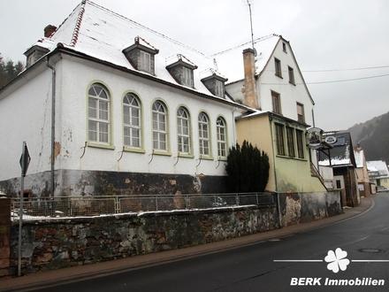 BERK Immobilien - Kapitalanlage / Gast- und Wohnhaus + Grundstück - drei Immobilien für einen Preis!
