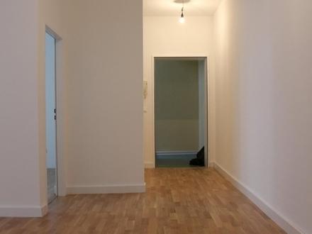 Großzügige 2-Zi.-Wohnung mit Dachterrasse