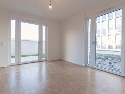Großzügige 4-Zimmer-Neubau-Wohnung mit Terrasse und Loggia