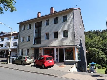 Wohn- und Geschäftshaus in Siegen-Bürbach