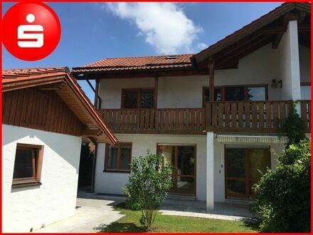 Moderne Doppelhaushälfte in Hohenbrunn/Riemerling