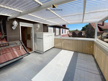 Schöne 4 Zimmer-Wohnung mit großer Dachterrasse, Innenstadt fußläufig erreichbar!