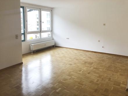 Nur für Senioren: Schöne 2-Zimmer-Wohnung mit Balkon in Geislingen
