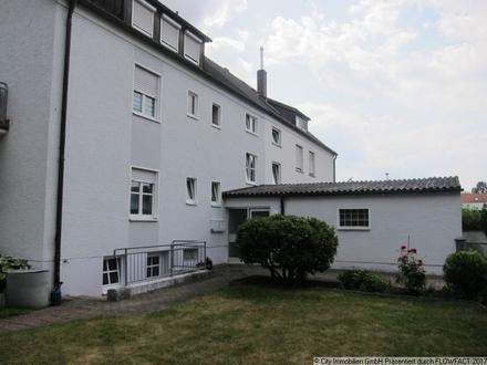 Dreifamilienhaus in Weiden - Interessant für Jeden, der ein Objekt zur Vermietung sucht!