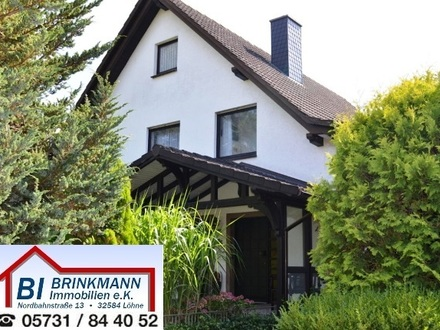 Bad Oeynhausen - Top gepflegtes 2-Familienhaus mit großer Gartenanlage in ruhigem Wohngebiet!