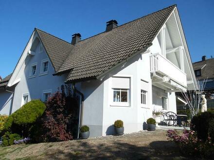 Einfamilienhaus mit Einliegerwohnung in Ebnath