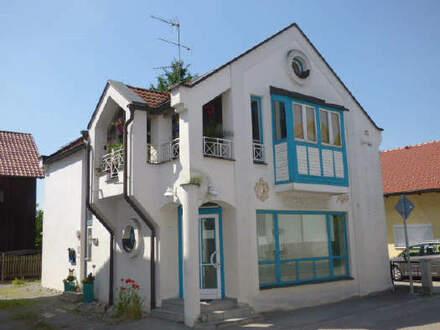 Wohnhaus mit Laden in Nähe Ruhstorf