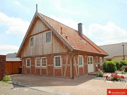 Neuwertiges Haus im besonderen Stil in sehr guter Wohnlage!
