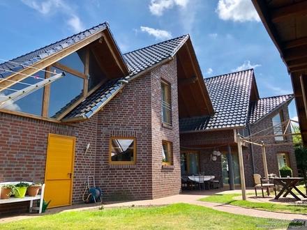 Mit diesem Haus geht Ihr Traum in Erfüllung!! Stilvolles Einfamilienhaus in ruhiger Siedlungslage!!