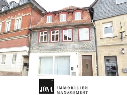 Hier können Sie sich entfalten: Historisches Stadthaus mit 2 Garagen