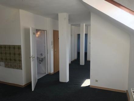 2 ZKB Dachgeschoß Wohnung in Pirmasens Winzler Viertel