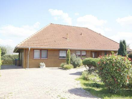 RESERVIERT! Moderner 5 Zimmer Holzbungalow (KfW-60!) in Haren-Landegge