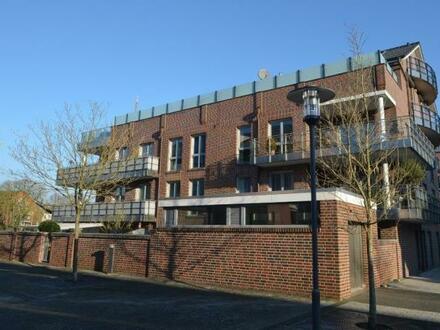 Leer-Nesse ! Moderne Erdgeschoss- Eigentumswohnung mit Tiefgaragenstellplatz Gewerbliche Nutzung als Büro möglich !