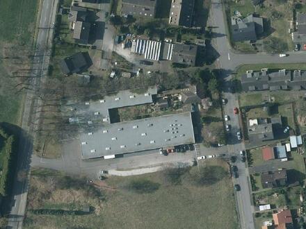 Lager- und Produktionshalle mit Wohnhaus in Gütersloh Avenwedde