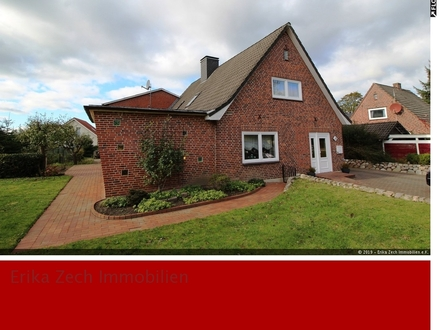 Einfamilienhaus mit Gewerbeeinheit und viel Potential in 24980 Nordhackstedt