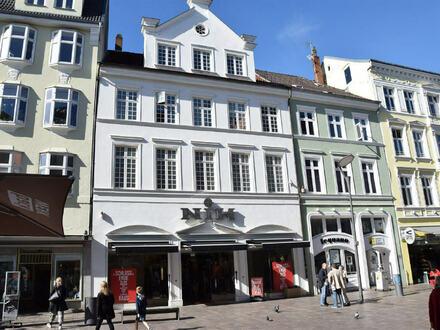 Fußgängerzone Flensburg ** Wohn- und Geschäftshaus