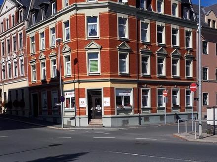Gepflegtes Mehrfamilienhaus mit 8 Wohneinheiten in zentraler Lage in Ölsnitz-/Vogtland !