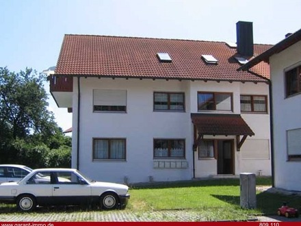 Helle und moderne Dachwohnung am Ortsrand von Fürstenzell sofort verfügbar