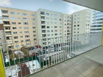 Optimal aufgeteilte 4 Zimmer Genossenschaftswohnung mit großem Balkon - Provisionsfrei