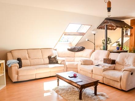 Großzügige helle 4-Zimmer-Dachgeschosswohnung