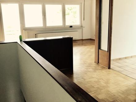 off. Wohn-/Esszimmer