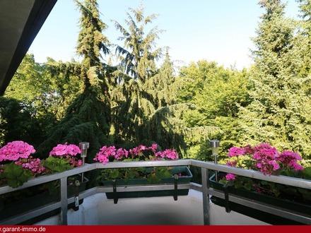 Vermietete 4 Zimmer-Wohnung mit 2 Blk. und 1 TG-Stellplatz in guter Lage von München-Johanneskirchen
