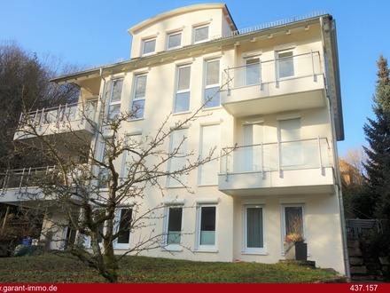 Hübsche 3 Zimmer-Wohnung mit Terrasse und Garten in begehrter Halbhöhenlage