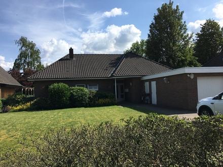 Bad Zwischenahn: Zentrale und ruhige Lage mit 2 ebenerdigen Wohneinheiten sowie Garage, Obj. 5042