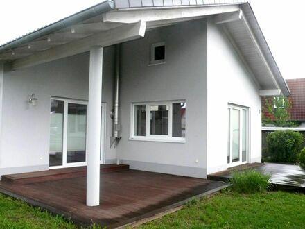 1 5 3 qm Architektenhaus im BUNGALOW Stil + offenen Grundriss nur 10 Min. nach ERLANGEN - FORCHHEIM