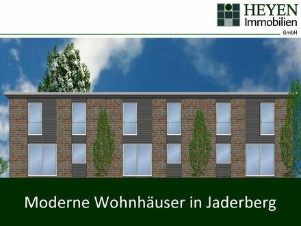 VORSCHAU: Moderne Wohnhäuser im Ort Jaderberg