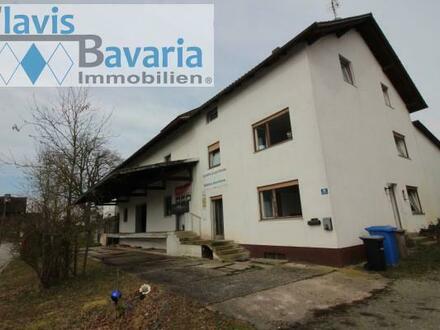 RESERVIERT! Großes Wohnhaus und Lagerhaus auf ca. 1000 m² Grund - komplett zu renovieren oder Abriß