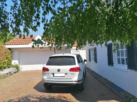 Großes 1-Familienhaus mit Doppelgarage und Kachelofen in Löhne-Gohfeld