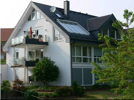 ARNOLD-IMMOBILIEN: Behindertengerecht - großzügige Wohnung mit Blick ins Grüne