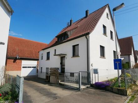 *Freistehend - Individuell - Besonders* Wohnhaus mit ausgebauter Scheune