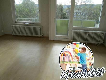 Renovierte 3-Zimmer-Wohnung mit Balkon