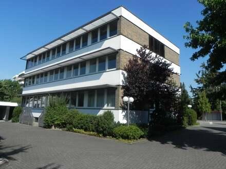 Vielseitig nutzbares Verwaltungsgebäude