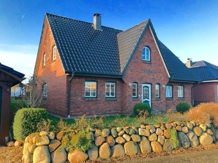 Ringsberg: Einfamilienhaus im Friesenstil