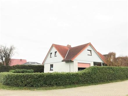 Großartig Wohnen in bester Lage von Ramsloh Zweifamilienhaus mit Garage und 2x EBK