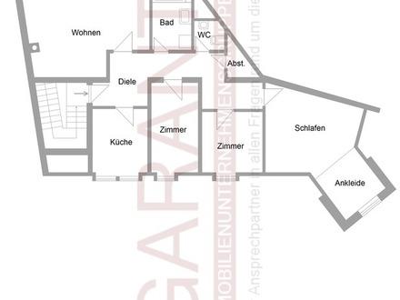 Renovierungsbedürftige 4 Zimmer Dachgeschosswohnung in Trostberg!