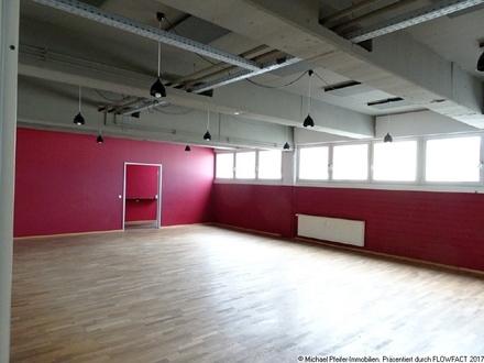 Attraktive Großraumflächen, vielfältig nutzbar, ehemaliges Tanzstudio.