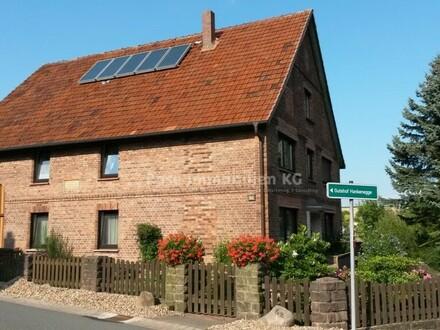 Rose Immobilien KG: gepflegtes Ein-Zweifamilienhaus im schönen Kalletal!