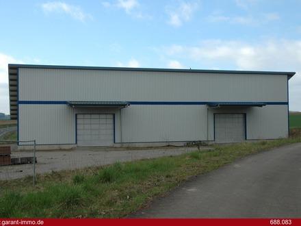 Produktions-/Lagerhalle mit Freifläche