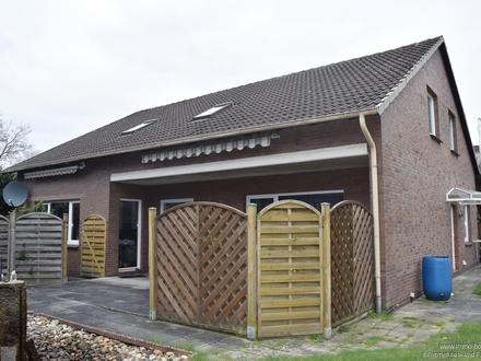 Wiefelstede: Klassisches Ein-/Zweifamilienhaus für die große Familie oder zur Kapitalanlage!