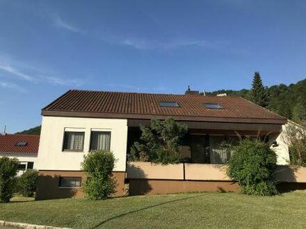 Ein- bis Zweifamilienhaus in Lichtenstein in sonniger, ruhiger Lage