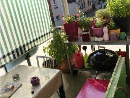 *Provisionsfrei* Hübsch renovierte 3-Zimmer-Wohnung mitten in Reutlingen