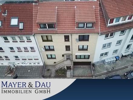 Bremen-Neustadt: Mehrfamilienhaus mit zwei Garagen in guter Lage! Obj. 4555