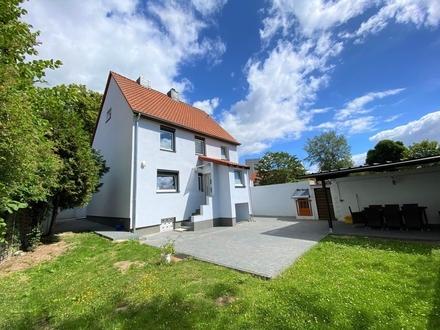 Neuwertiges Einfamilienhaus im alten Dorf in Lebenstedt!