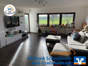 Freundliche 4-Zimmer-Eigentumswohnung mit Garage in guter Wohnlage
